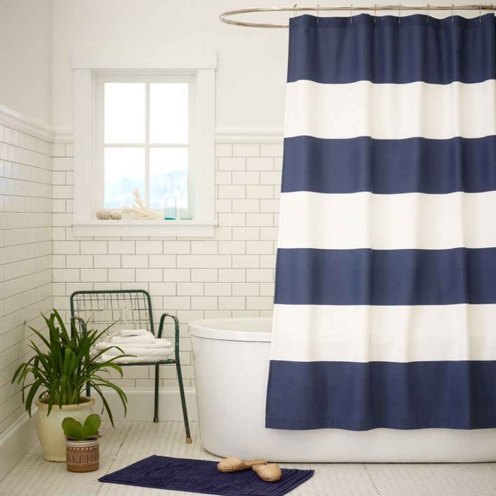 White bathroom curtains