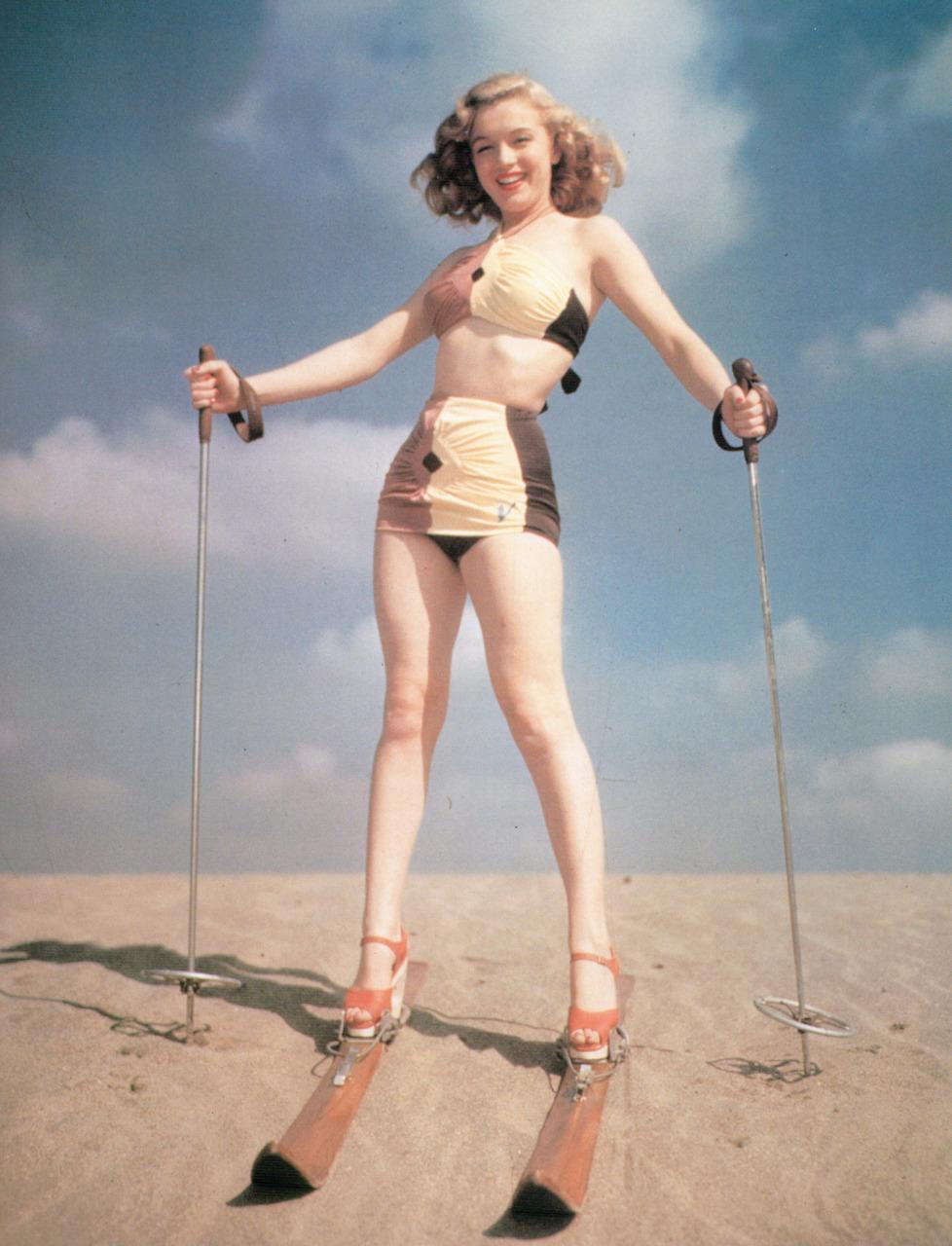 Marilyn-Monroe-marilyn-monroe-30014205-978-1280