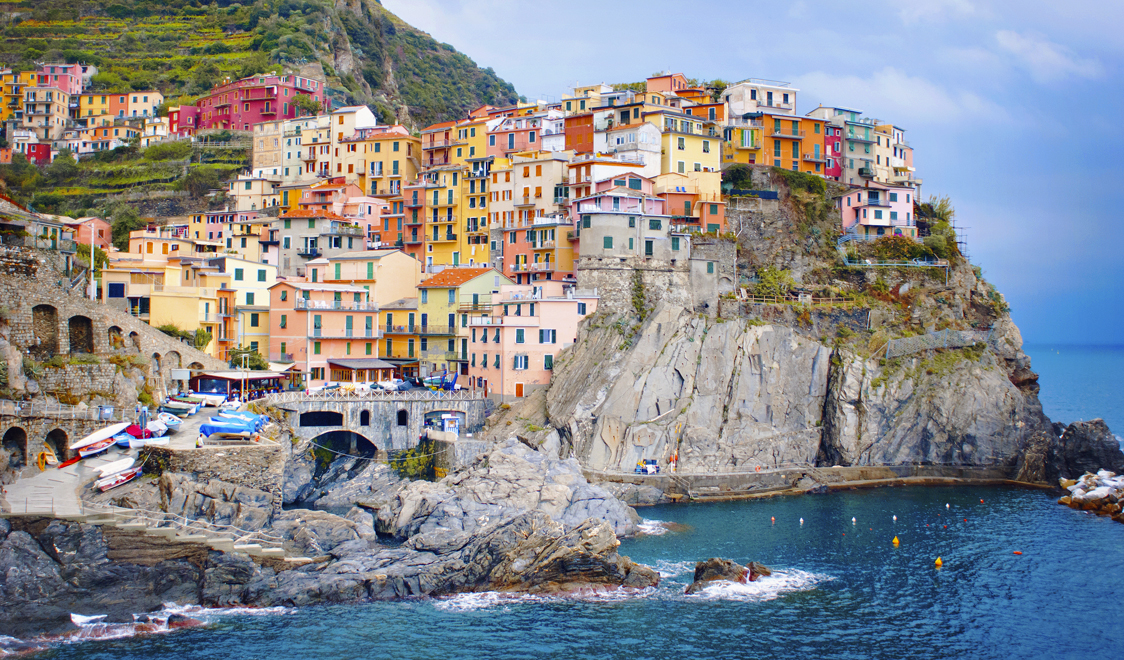 27-places-in-italy-that-dont-look-real-manarola