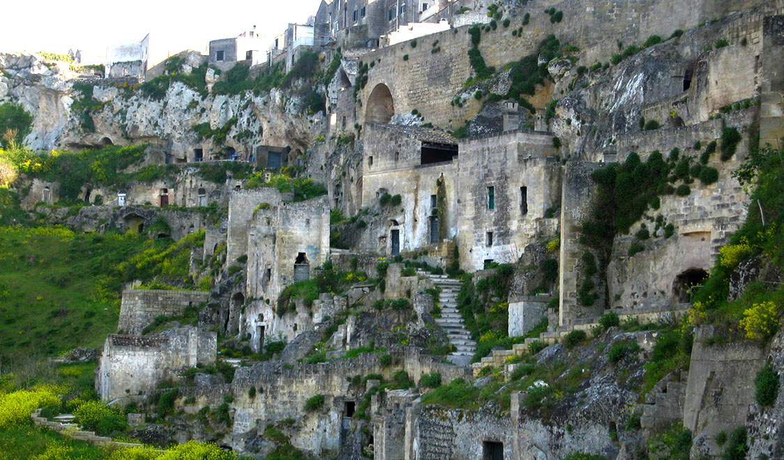 27-places-in-italy-that-dont-look-real-matera-basilicata