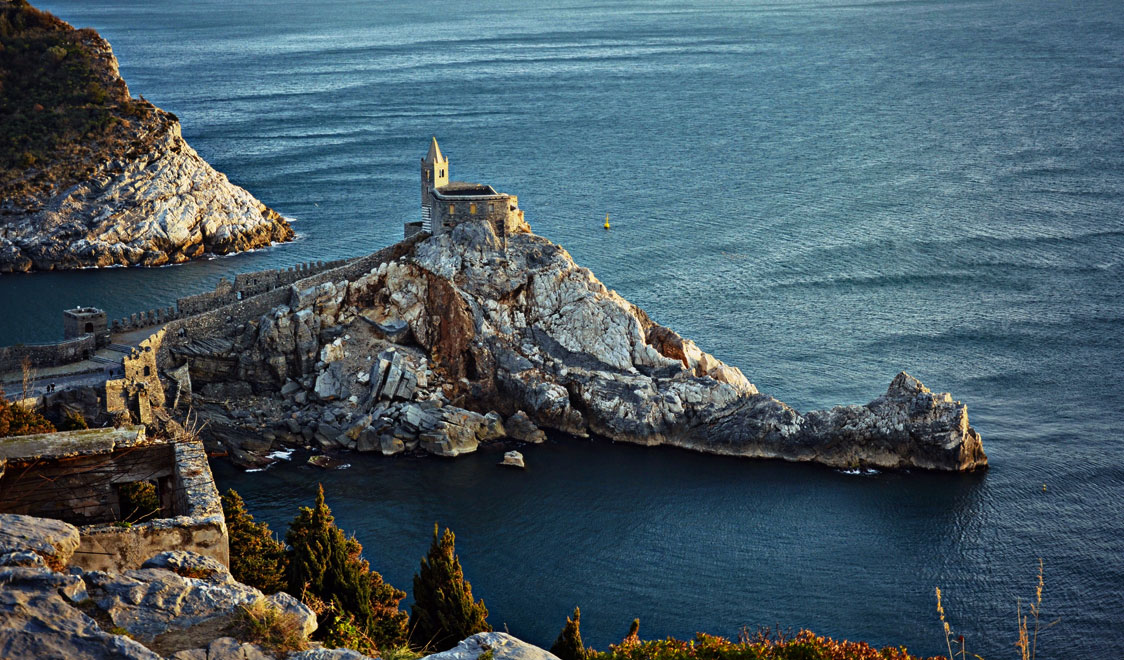 27-places-in-italy-that-dont-look-real-portovenere-liguria