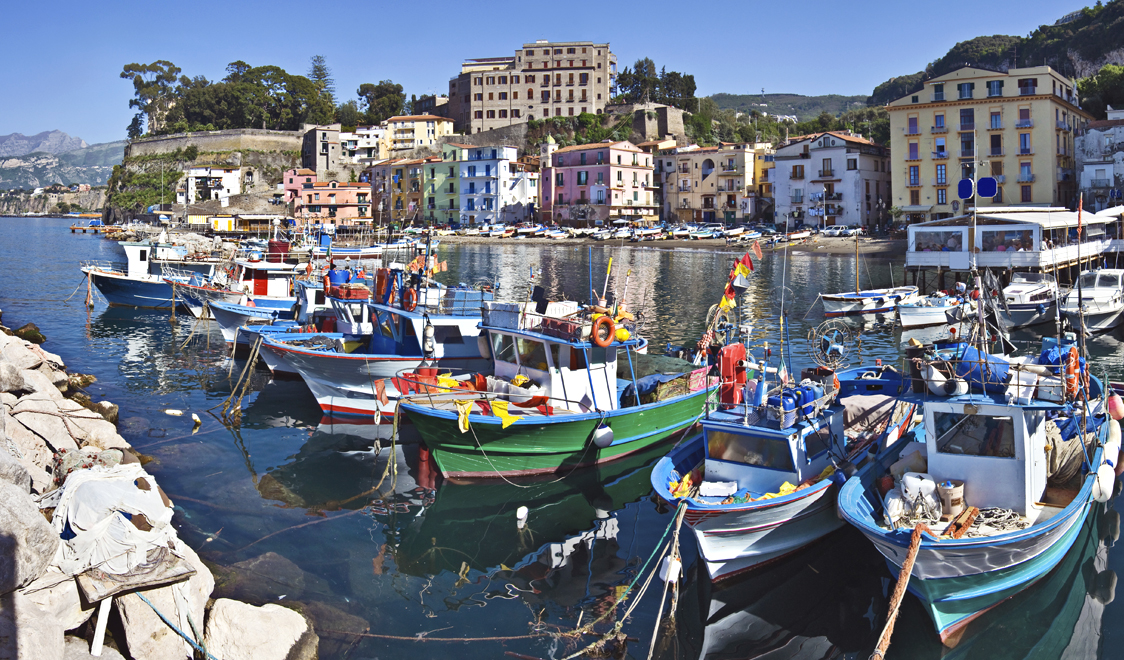 27-places-in-italy-that-dont-look-real-sorrento-campania