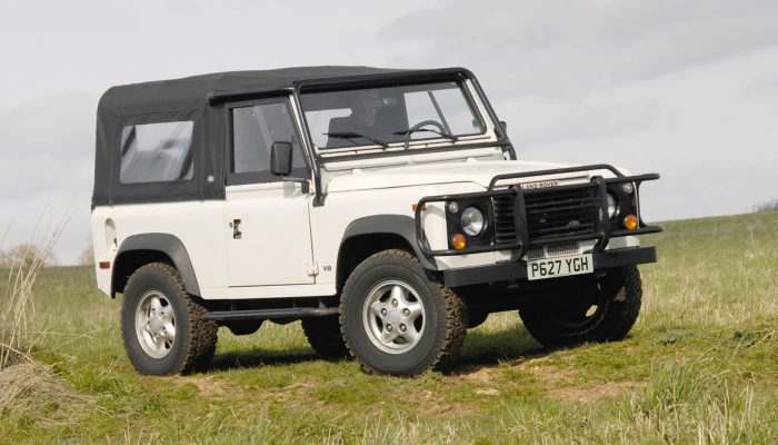 1995-land-rover-defender-90-soft-top-2
