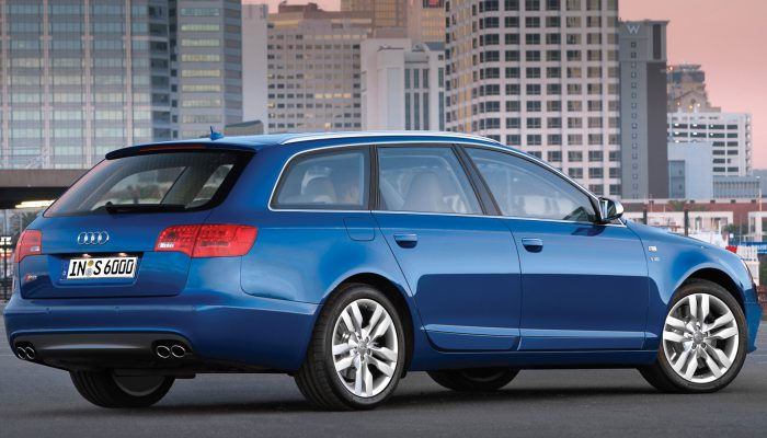 2012-Audi-S6-Avant-Blue-1920×1440