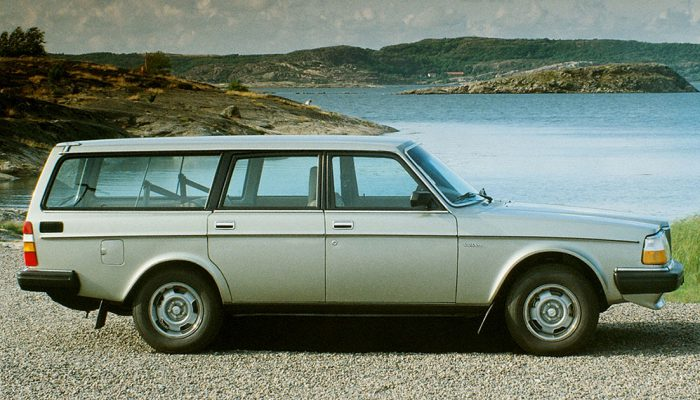 Volvo_240_240 Turbo Estate_Wagon_1982