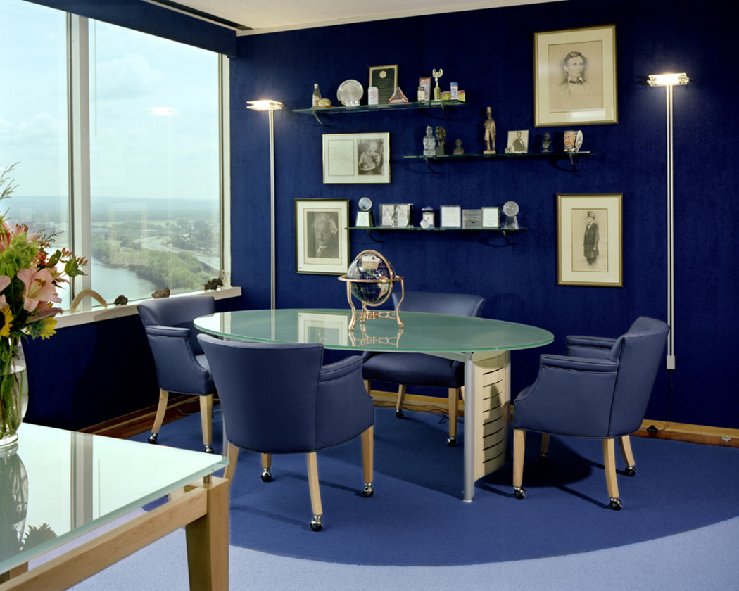 royal-blue-living-room-interior-design-ideas