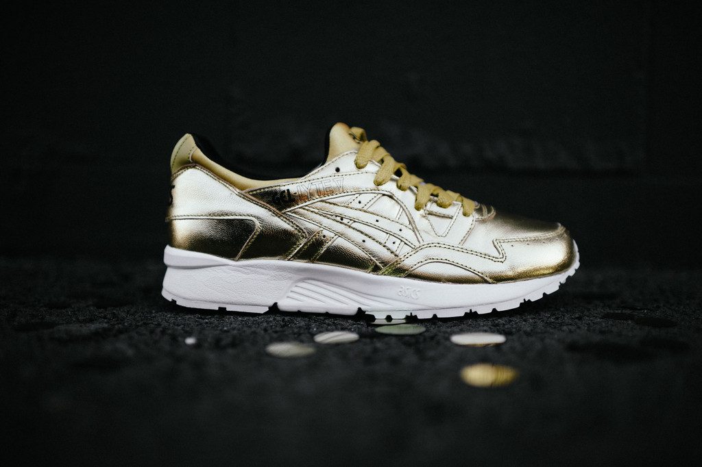 asics-holiday-champagne-pack-05